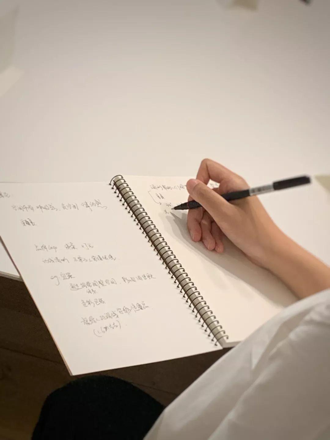 视觉营销陈列设计,中赫时尚,空间设计,店面形象